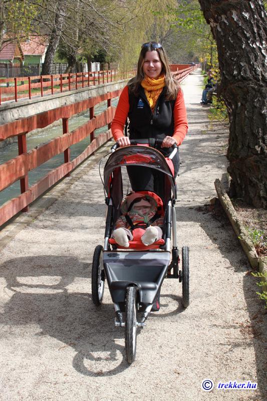 Karlowits-Juhász Tamás honlapja - Baby jogger - Túrázás-futás három ... 516c0997b2